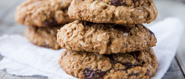 Chocolate Chunk Oatmeal Protein Cookies